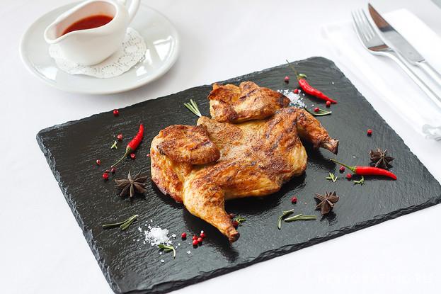 Ресторан «Шаляпин», Санкт-Петербург: Цыпленок табака