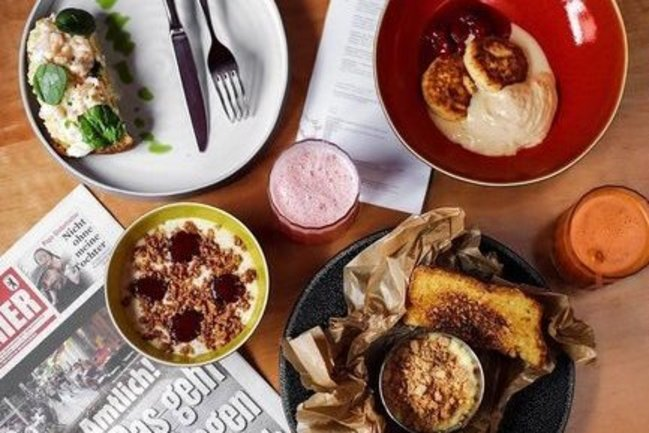 KIT Bar & Bistro: Поздний завтрак