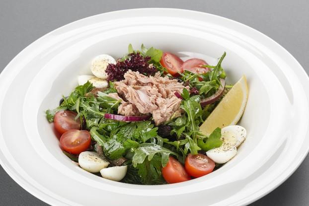 Ресторан «Terrassa», Санкт-Петербург: Итальянский салат с тунцом