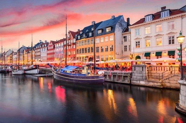 Wine Gogh: Вечер Дании