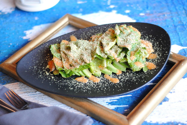 Ресторан «Вереск», Санкт-Петербург: Green салат с куриным феле и авокадо