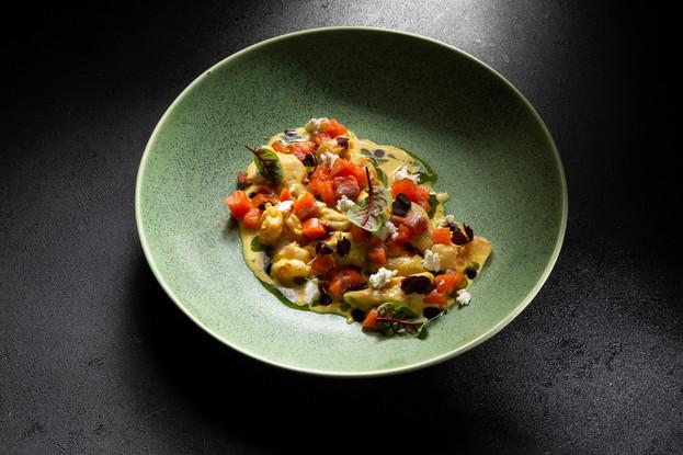 Ресторан «Тени», Санкт-Петербург: Ньокки - Морепродукты - Желтые томаты - хрустящий лук