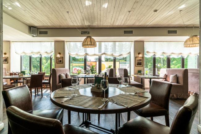 Stroganoff Bar & Grill: Куличи, пасхи и яйца